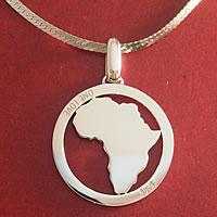 アフリカ大陸のオーダーメイドPTペンダント正面
