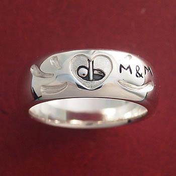 チップインの指輪(M&M)シルバー925を上から拡大