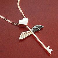 ハートの鍵(天使と悪魔の翼)のペンダント